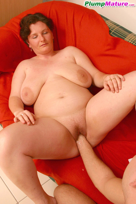 Wonderful bbw-mature,fat,plump,big butts,oral,big tits,cumshot